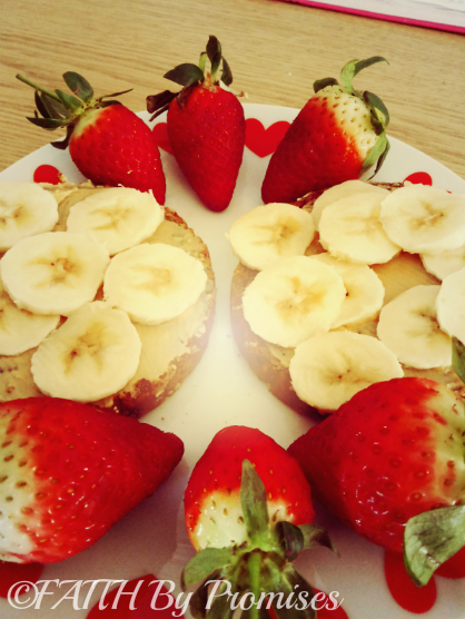 Healthy Peanut Butter & Banana Breakfast with Strawberries 4