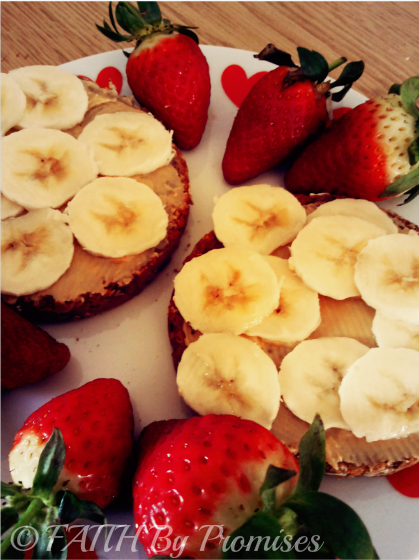 Healthy Peanut Butter & Banana Breakfast with Strawberries 3