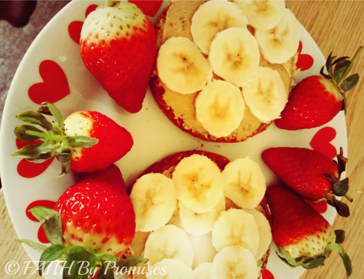 Healthy Peanut Butter & Banana Breakfast with Strawberries