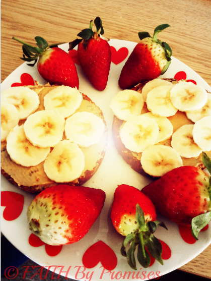 Healthy Peanut Butter & Banana Breakfast with Strawberries 2